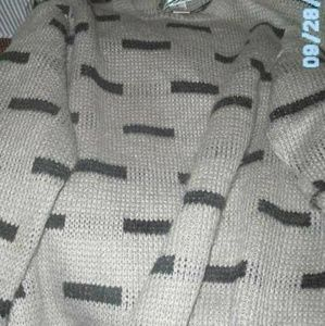 Other - Coming       Mans Sweater Sz L
